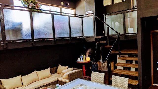 沖縄の霊視鑑定の蓮華STUDIO OKINAWA店内風景