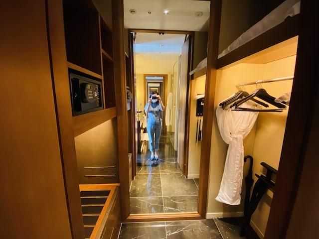 セントレジスホテル大阪のクローゼット