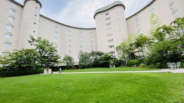 ザプリンス京都宝ヶ池オートグラフコレクションホテルの中庭