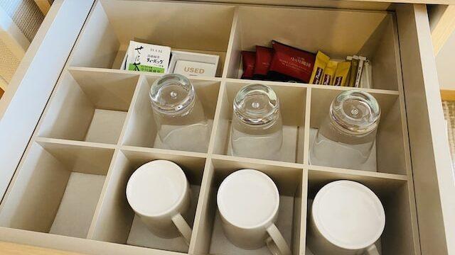 琵琶湖ホテルのミニバーコップ類