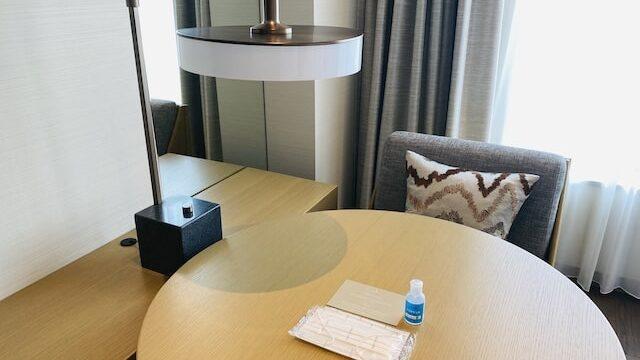 JWマリオットホテル奈良の客室テーブル